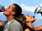 Почему нам не нужно пить два литра воды в день